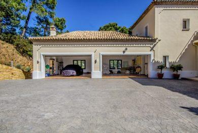 benaavis-la-zagaleta-villa-v-andaluzskom-stile-s-potryasayushhimi-vidami-na-more-i-gibraltar_img_ 2