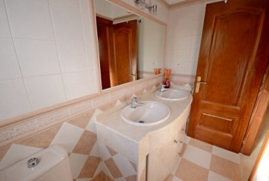 puerto-banus-villa-v-zhilom-komplekse-la-alzambra-la-alzambra_img_ 35