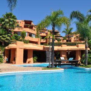 Квартира в комплексе Ла Альзамбра