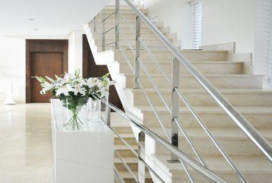 benaavis-novaya-villa-s-potryasayushhimi-vidami-na-more_img_ 4