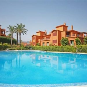 Квартира рядом со школой в Испании