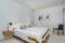 torreveha-4-h-komnatnye-apartamenty-na-pervoj-linii-morja_img_ 11