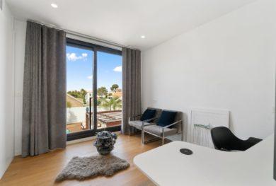 torreveha-los-balkones-sovremennaja-villa-s-5-ju-komnatami_img_ 21