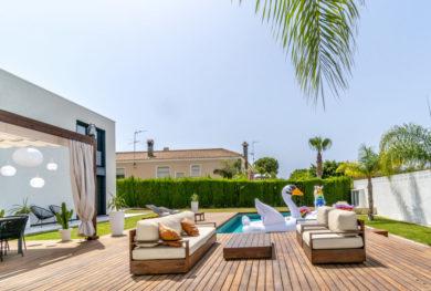 torreveha-los-balkones-sovremennaja-villa-s-5-ju-komnatami_img_ 13