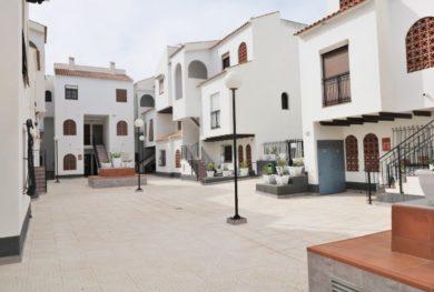 3-h-komnatnaja-kvartira-v-dome-sredizemnomorskogo-stilja-v-200-metrah-ot-pljazha-playa-de-los-naufragos_img_ 2