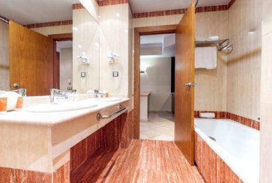 investicionnaja-kvartira-v-apart-otele-v-300-metrah-ot-pljazha-benahavis_img_ 9