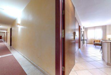 investicionnaja-kvartira-v-apart-otele-v-300-metrah-ot-pljazha-benahavis_img_ 15