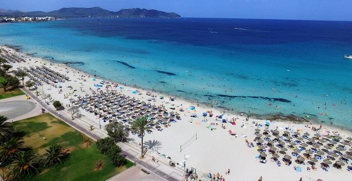 Правила посещения пляжей в Испании