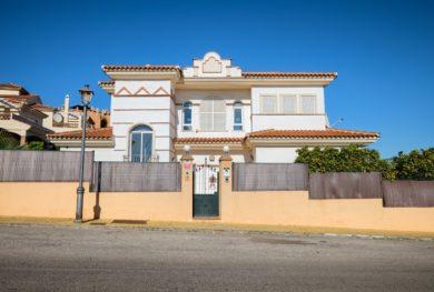 villa-s-vidom-na-more-v-marbele-riviera-del-sol_img_ 1