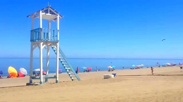 Пляж в Манилве