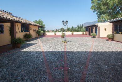 villa-v-andaluzskom-stile-cortijo-v-estepone-v-pjati-minutah-ezdy-ot-morja_img_ 6