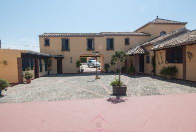 villa-v-andaluzskom-stile-cortijo-v-estepone-v-pjati-minutah-ezdy-ot-morja_img_ 5