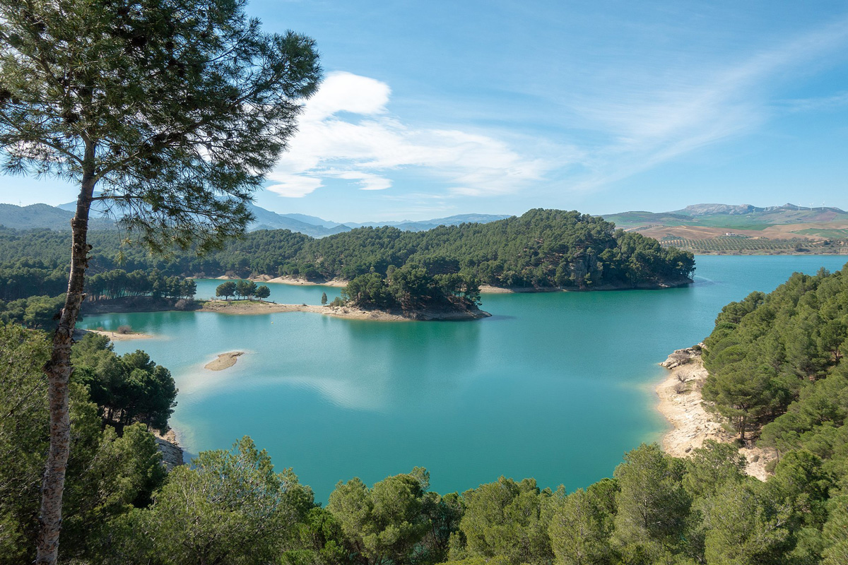 озера в марбелье