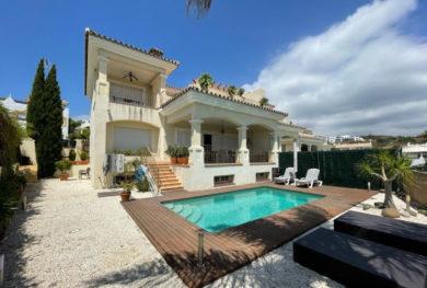 villa-v-andaluzskom-stile-na-novoj-zolotoj-mile-specialnaja-cena_img_ 1