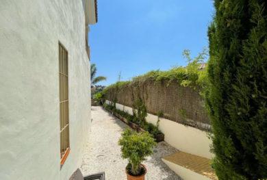 villa-v-andaluzskom-stile-na-novoj-zolotoj-mile-specialnaja-cena_img_ 24