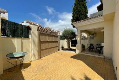 villa-v-andaluzskom-stile-na-novoj-zolotoj-mile-specialnaja-cena_img_ 34