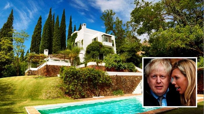 Борис Джонсон в Испании